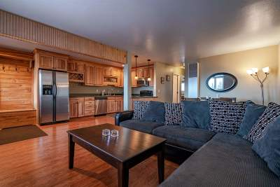 Stateline Condo/Townhouse For Sale: 771 North Bowl #D