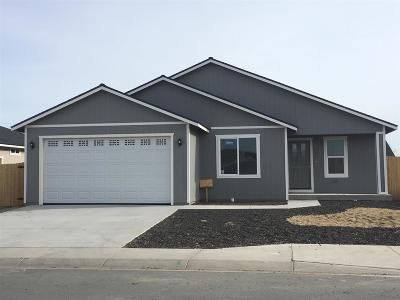 Fernley Single Family Home Active/Pending-Loan: 1830 Hickory