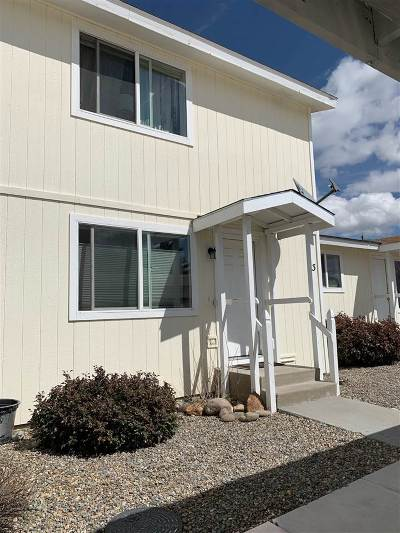 Gardnerville Condo/Townhouse Active/Pending-Loan: 1259 Redwood Circle #3