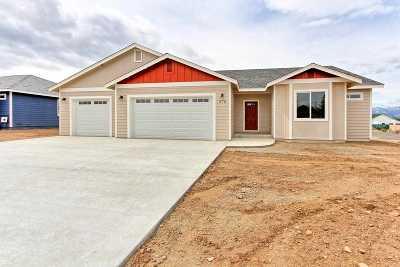 Gardnerville Single Family Home Active/Pending-Loan: 970 Arrowhead Dr