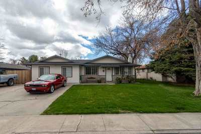 Carson City NV Single Family Home For Sale: $305,000