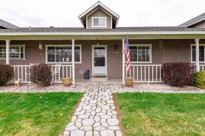 Gardnerville Single Family Home Active/Pending-House: 772 Saddle Ct