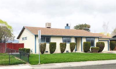 Fernley Single Family Home Active/Pending-Loan: 424 Sixth St