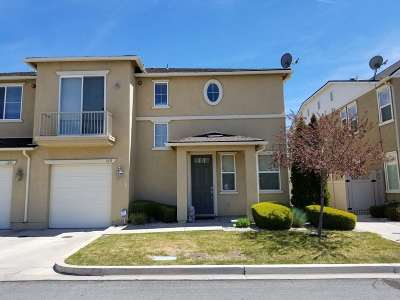 Carson City Condo/Townhouse Active/Pending-Loan: 1231 Barossa Way