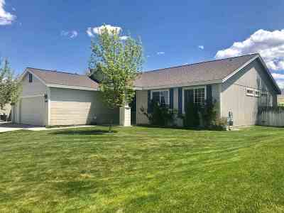 Winnemucca Single Family Home Active/Pending-Call: 5086 Jacobson