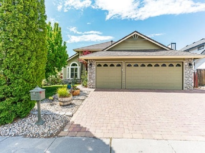 Single Family Home For Sale: 6425 Valley Wood