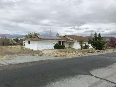 Reno Single Family Home For Sale: 8105 Seneca