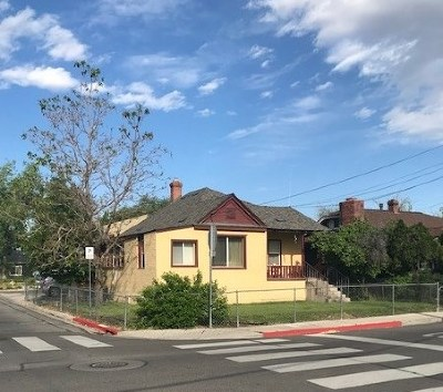 Washoe County Multi Family Home For Sale: 817 12th St. #A & B