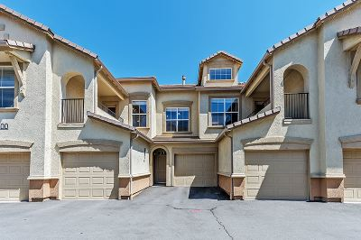 Washoe County Condo/Townhouse Active/Pending-Loan: 17000 Wedge Pkwy #3022