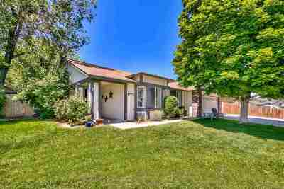 Single Family Home For Sale: 1925 Woodtrail Dr