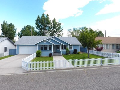 Winnemucca Single Family Home For Sale: 1639 Lahontan Ave.