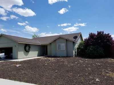 Fernley Single Family Home Active/Pending-Loan: 2217 Ellice Way