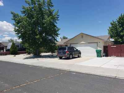 Fernley Single Family Home Extended: 906 Sagewood Drive