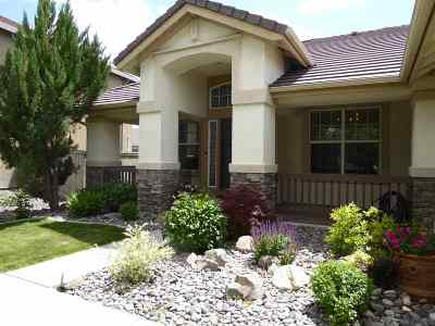 Washoe County Single Family Home New: 1526 Big Valley Way