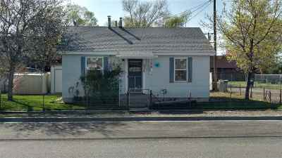 Single Family Home For Sale: 108 & 534 E 5th & S Reese Street