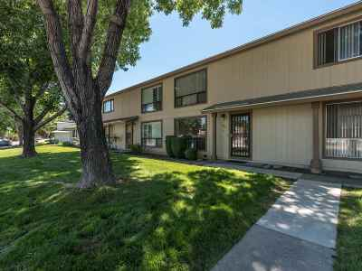 Sparks Condo/Townhouse Active/Pending-House: 1120 Brooktree Dr. #3