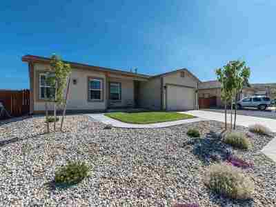 Reno Single Family Home For Sale: 18543 Outpost Ct