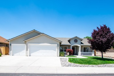 Fernley Single Family Home New: 707 Divot Drive