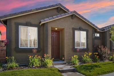 Single Family Home Active/Pending-Loan: 6762 Peppergrass Drive