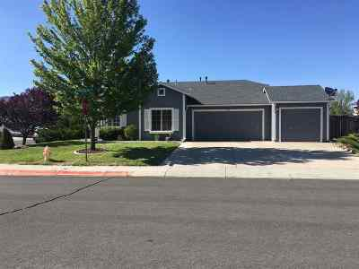 Dayton Single Family Home Active/Pending-Loan: 900 Ponderosa Ct.