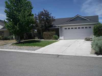 Gardnerville Single Family Home For Sale: 6 Conner Way