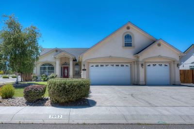 Minden Single Family Home Active/Pending-Loan: 2952 San Mateo