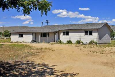 Washoe Valley Single Family Home Active/Pending-Loan: 410 Puma Drive