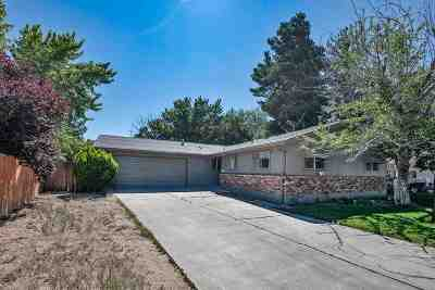 Carson City Single Family Home For Sale: 3141 Hickory Dr