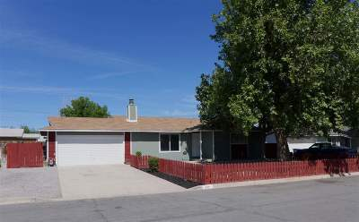 Fernley Single Family Home Active/Pending-Loan: 390 Spruce Dr
