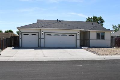 Fernley Single Family Home Active/Pending-Loan: 904 Jessica Lane