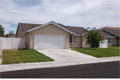 Fernley Single Family Home Active/Pending-Call: 1347 White Bluffs