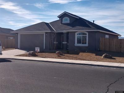 Fernley Single Family Home For Sale: 1176 Jasmine Ln