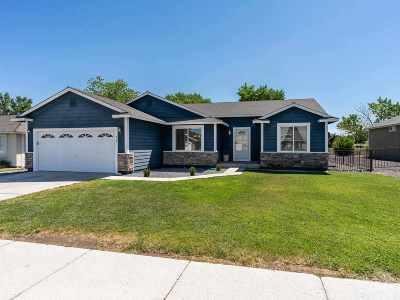 Fernley Single Family Home Active/Pending-Call: 418 Dog Leg