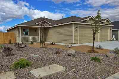 Fernley Single Family Home For Sale: 1035 Emerald Way #Lot 94