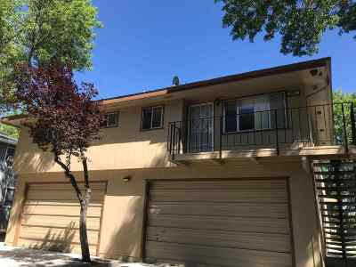 Sparks Condo/Townhouse For Sale: 641 Oakwood Dr #4