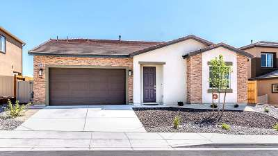 Washoe County Single Family Home For Sale: 14026 Crested Moss Ct