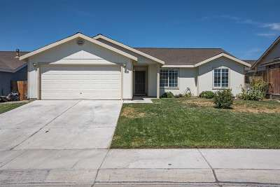 Fernley Single Family Home For Sale: 526 River Ranch