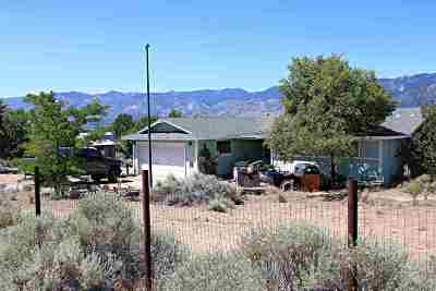 Washoe County Single Family Home For Sale: 3005 Chipmunk