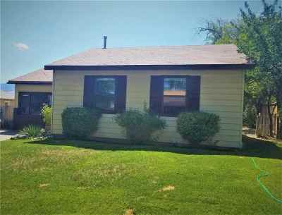 Washoe County Single Family Home For Sale: 26 S Maddux
