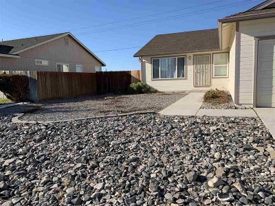 Fernley Single Family Home For Sale: 2152 Fort Bridger Rd