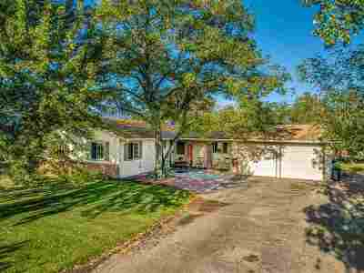 Gardnerville Single Family Home Active/Pending-Call: 936 Meadow View Rd.