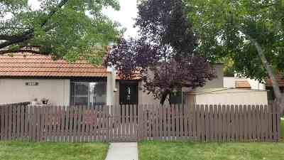 Sparks Condo/Townhouse Active/Pending-Loan: 1036 Baywood #A