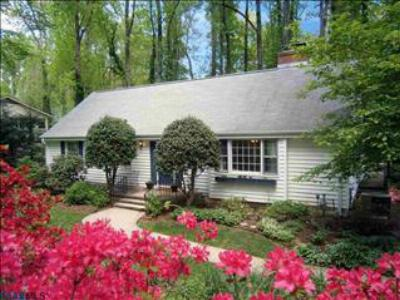 Single Family Home SELLER SAVED $5,415!*: 118 Woodstock Drive