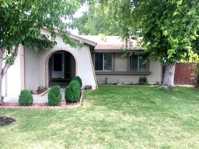 Reno NV Single Family Home For Sale: $339,900