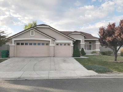 Reno NV Single Family Home For Sale: $359,900