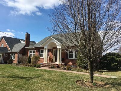 Union Bridge MD Single Family Home For Sale: $259,900