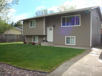 Single Family Home Sale Pending: 3716 18th Street B