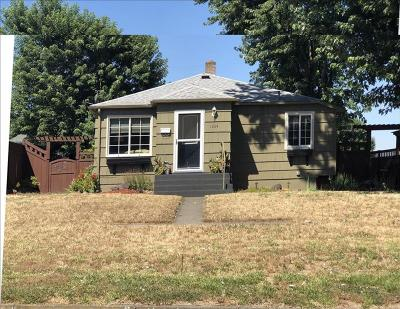 Single Family Home Pending: 1304 18th Street