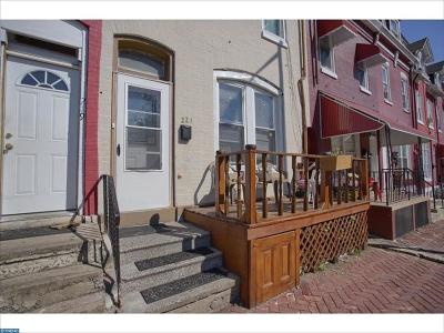 Single Family Home Sold: 221 Walnut St
