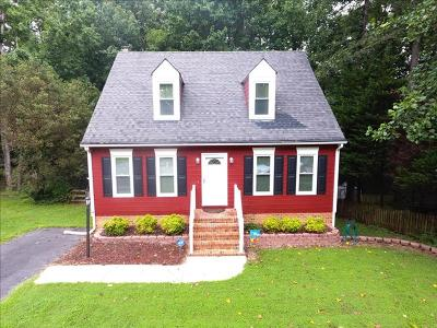 Midlothian VA Single Family Home For Sale: $249,500